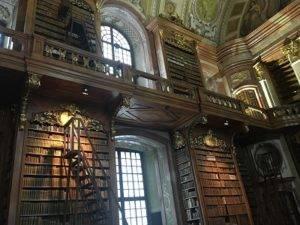 bibliothèque vienne idée de sejour - nous randonons